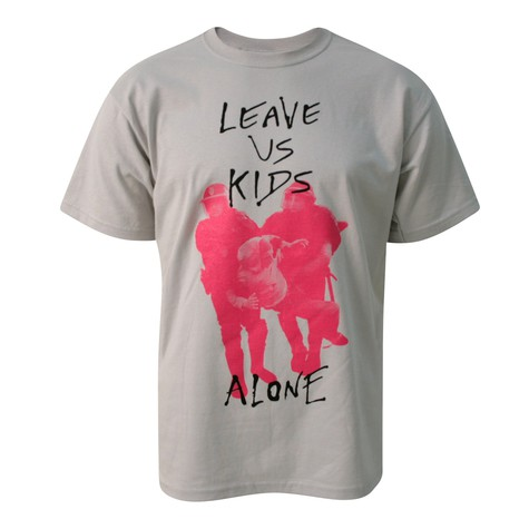 Soy Clothing - Leave us kids alone T-Shirt