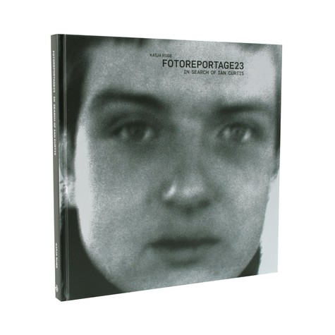 Katja Ruge - Fotoreportage 23 - In search of Ian Curtis