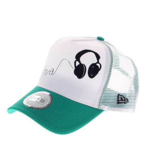 New Era - Headphones Trucker Hat