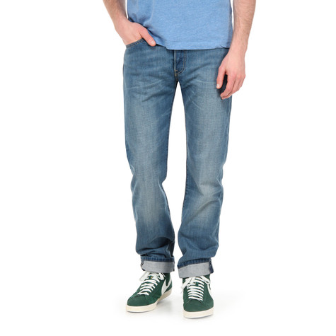 Levi's - 501 Button Fly Jeans