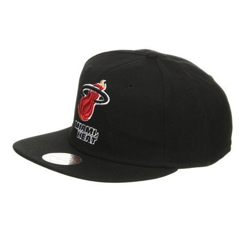 Mitchell & Ness - Miami Heat NBA Basic Solid Team Snapback Cap
