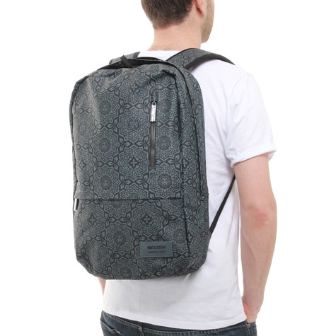 Incase x Shepard Fairey - Yen Pattern Campus Backpack