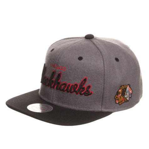 Mitchell & Ness - Chicago Blackhawks NHL Melton Script Snapback Cap