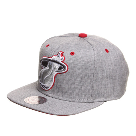 Mitchell & Ness - Miami Heat NBA Dark Grey Road XL Snapback Cap