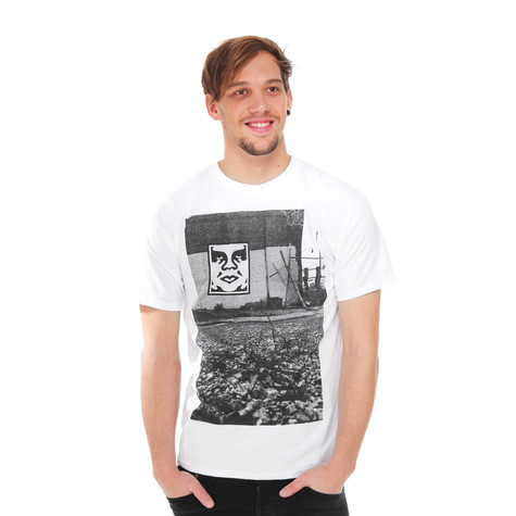 Obey - Pittsburgh Photo T-Shirt