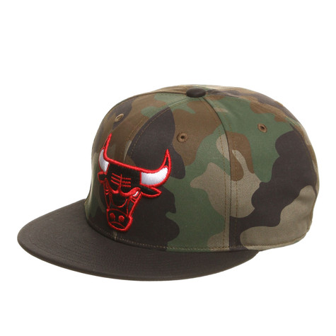 adidas chicago bulls camo snapback cap camouflage black hhv. Black Bedroom Furniture Sets. Home Design Ideas