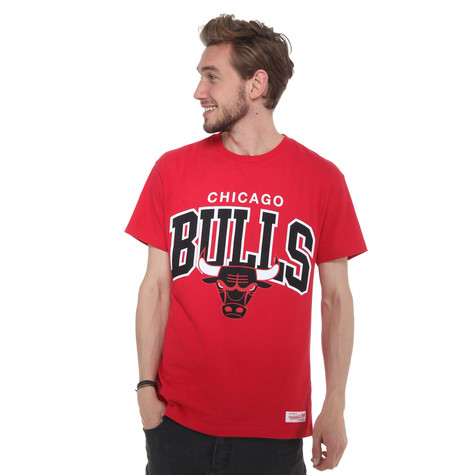 Mitchell & Ness - Chicago Bulls NBA College Arch Traditional T-Shirt