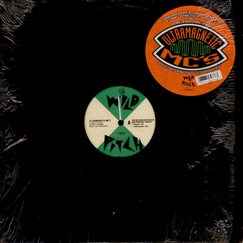 Ultramagnetic MC's - Two brothers with checks