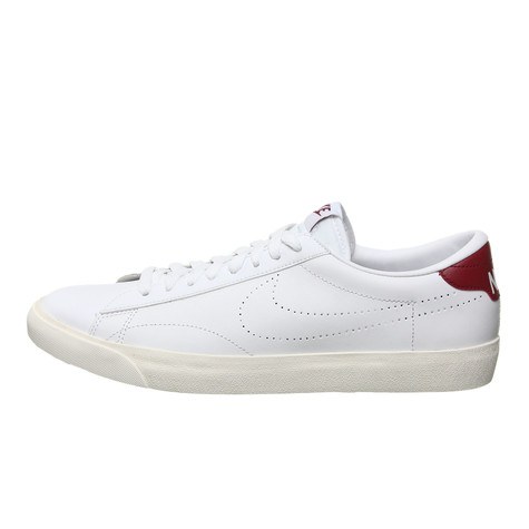 new concept f532c c8b86 Nike. Tennis Classic AC ND (White ...