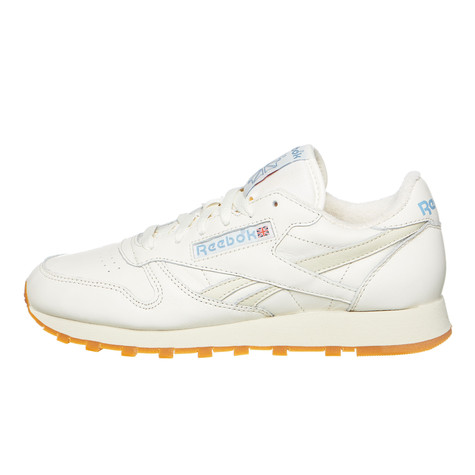 e14b9227aa78 Reebok. Classic Leather Vintage (Chalk   Paperwhite   Athletic Blue   Red  ...