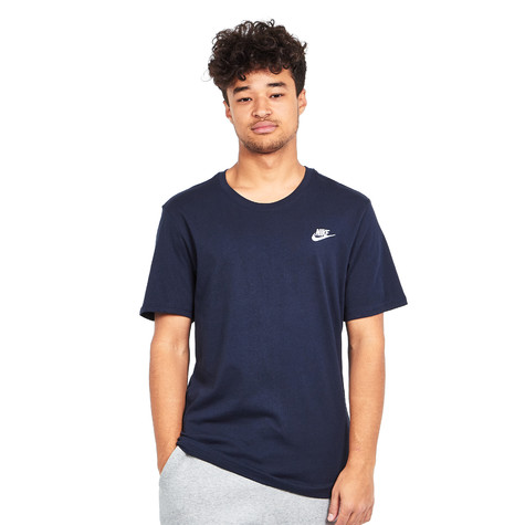 Nike - Club Embroidery T-Shirt