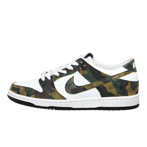 Nike SB - Zoom Dunk Low Pro (Legion Green   Legion Green   White ... a09591c34ceac