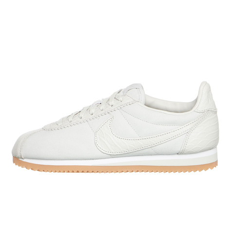 the best attitude 3a42b ceaa6 Nike. WMNS Classic Cortez SE ...