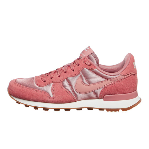 b4210dddcbaa Nike - WMNS Internationalist (Red Stardust   Red Stardust   Sail)