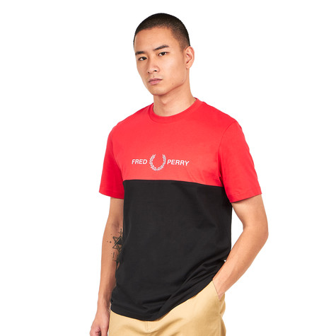 Fred Perry - Block Graphic T-Shirt