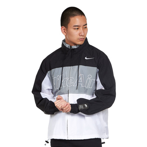 Nike - Air Hooded Woven Jacket
