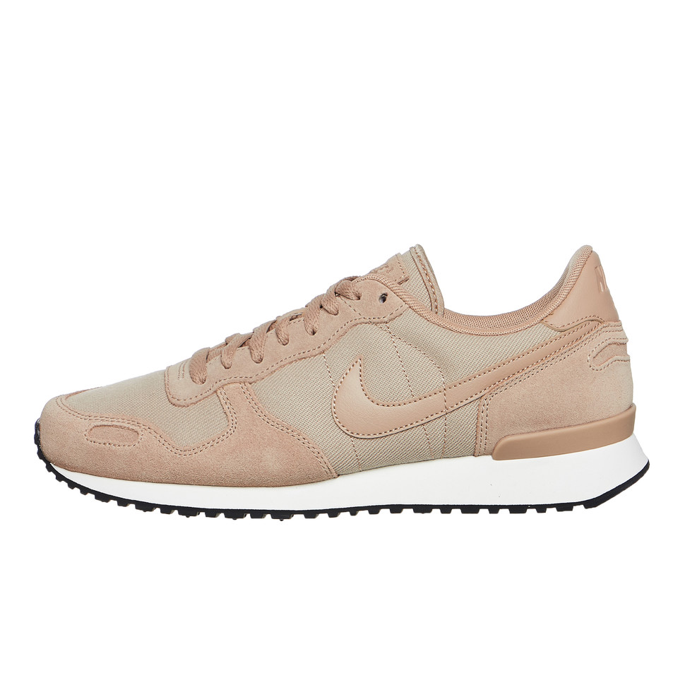 Nike Air Vortex Leather shoes brown
