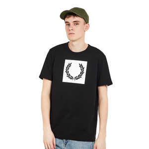 Fred Perry - Printed Laurel Wreath T-Shirt